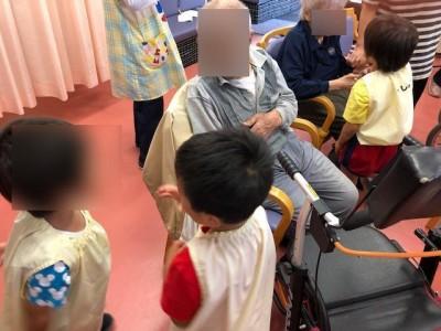 幼稚園訪問2